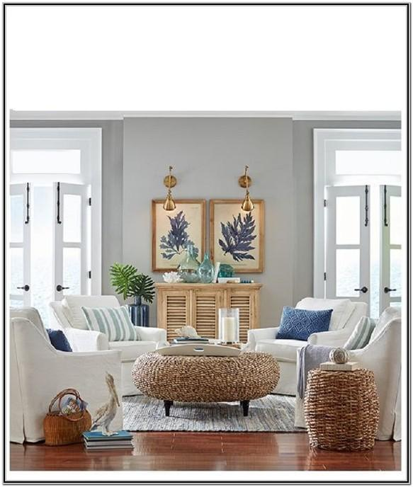 White Tropical Living Room Decor