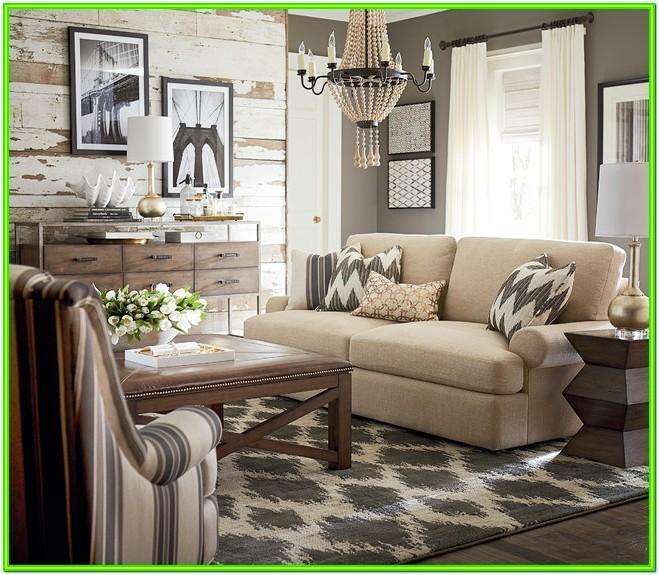 Bassett Living Room Chairs