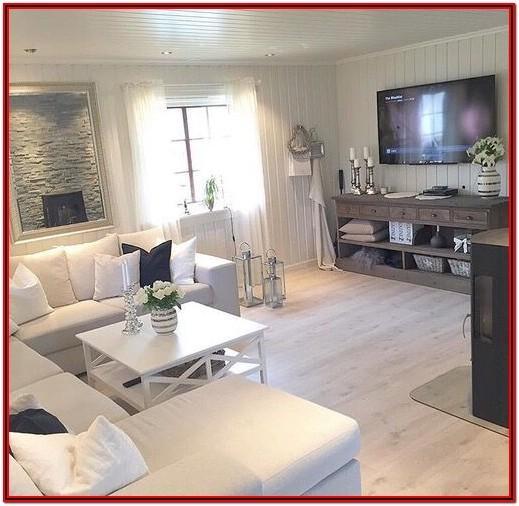 Living Room Natural Wood Decor