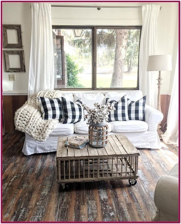 Rustic Farmhouse Living Room Decor
