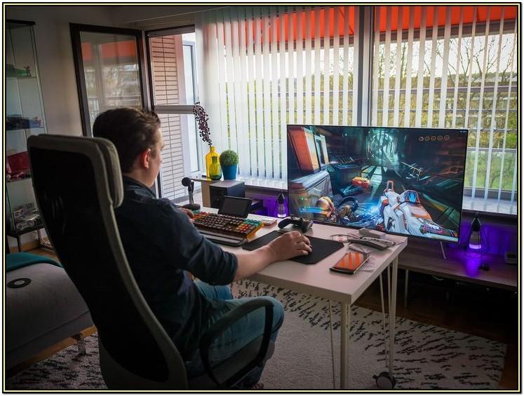 Best Living Room Gaming Setup
