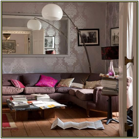 Best Wallpaper For Small Living Room