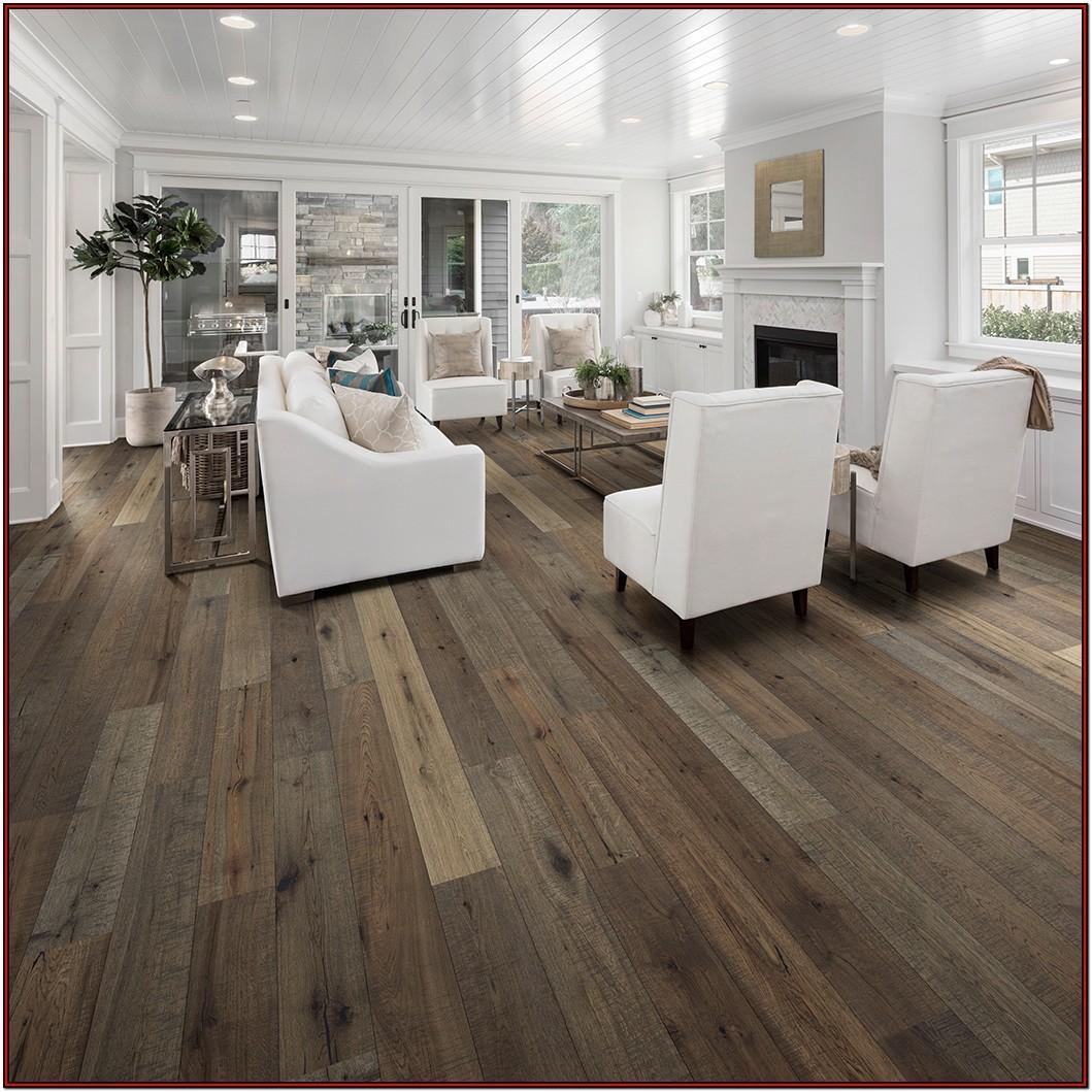 Carpet Or Hardwood In Living Room