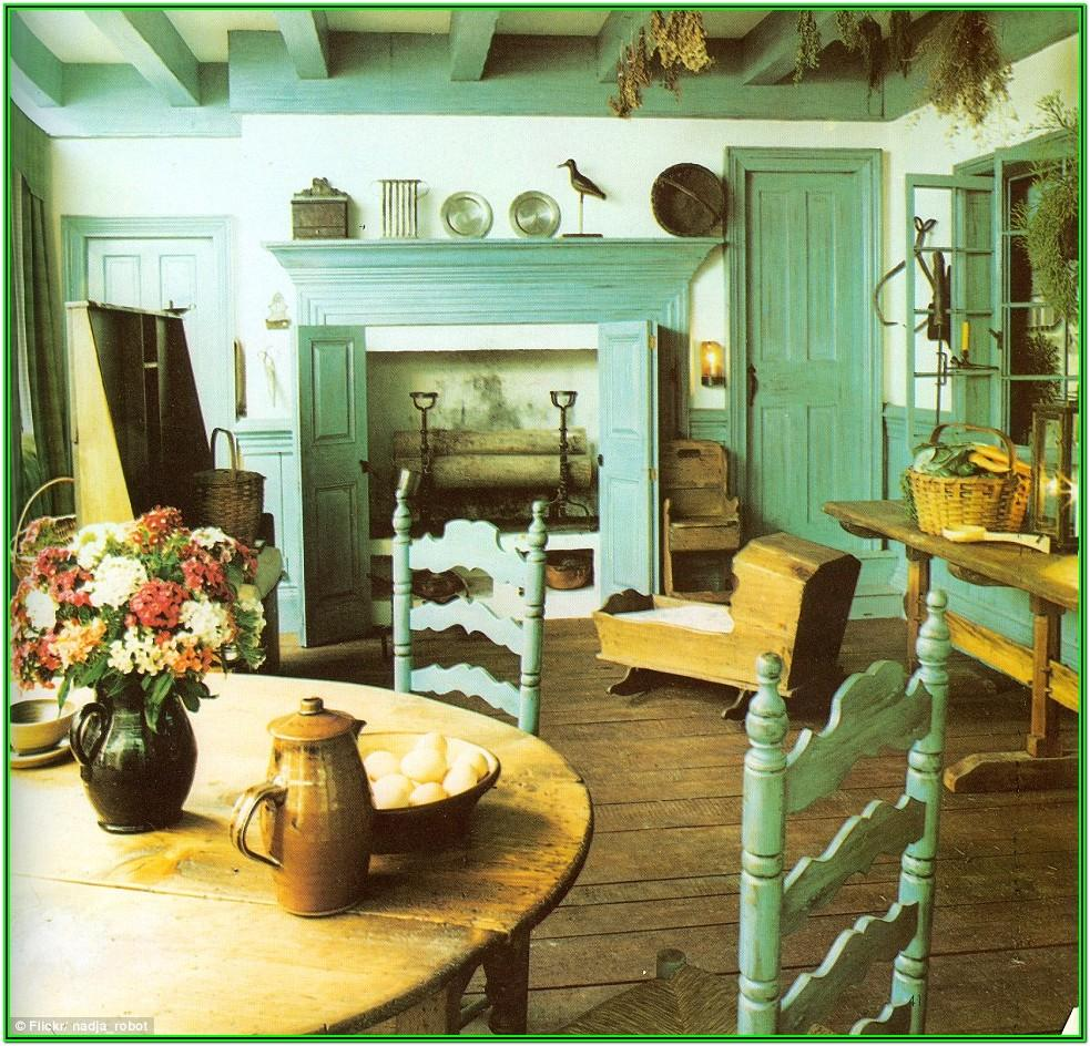 Early American Style Living Room Furniture
