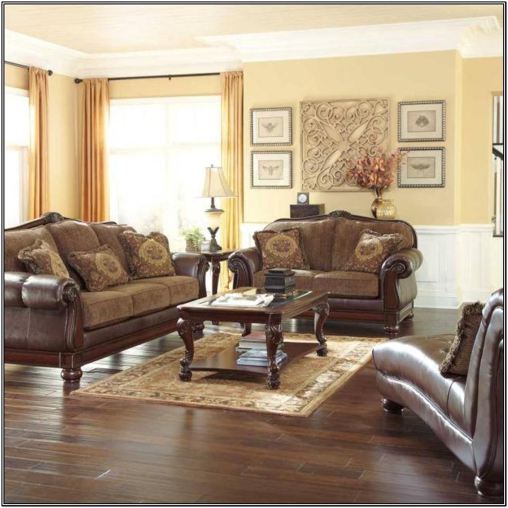 Gonzalez Furniture Living Rooms