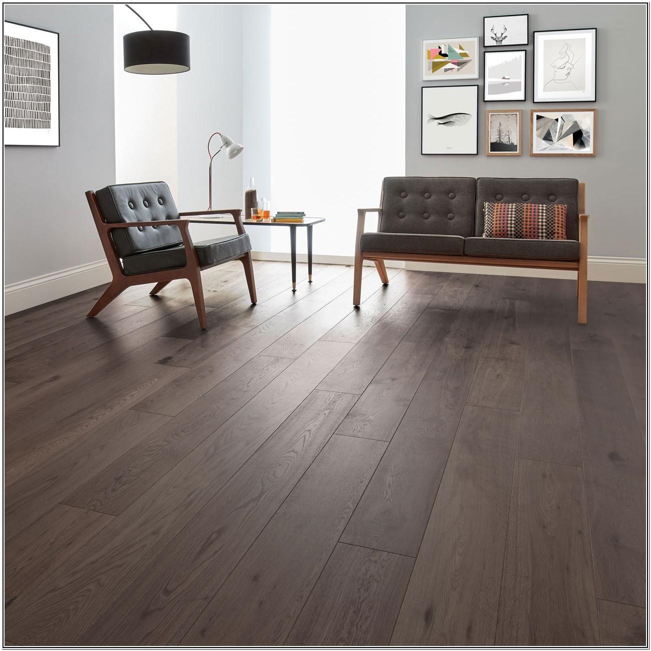 Living Room Dark Oak Laminate Flooring