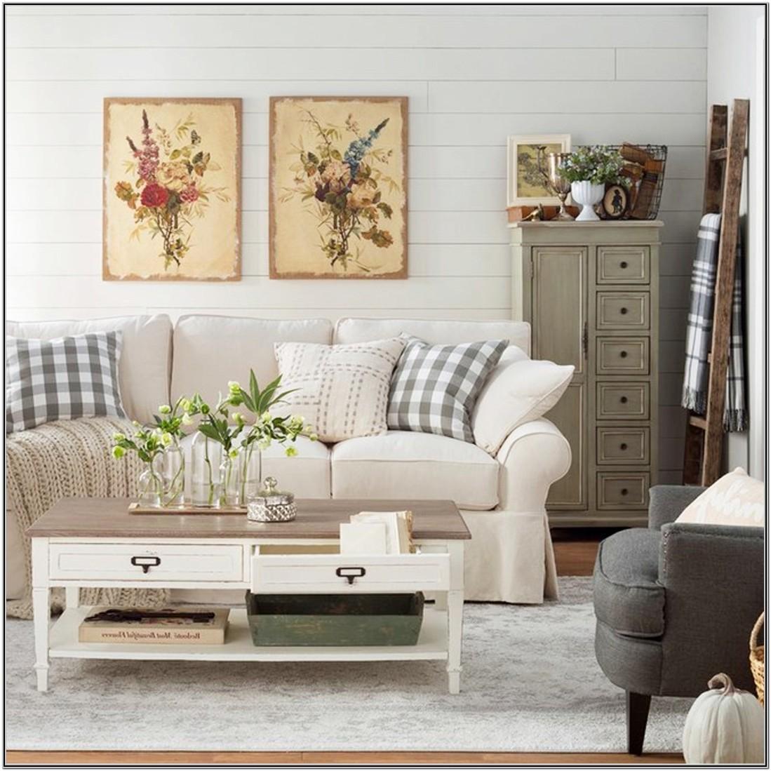 Small Farmhouse Living Room Design