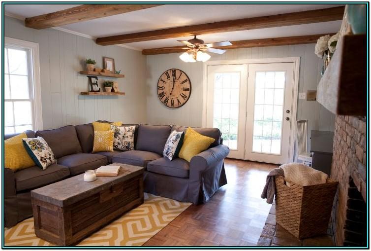 Fixer Upper Living Room Decor Ideas