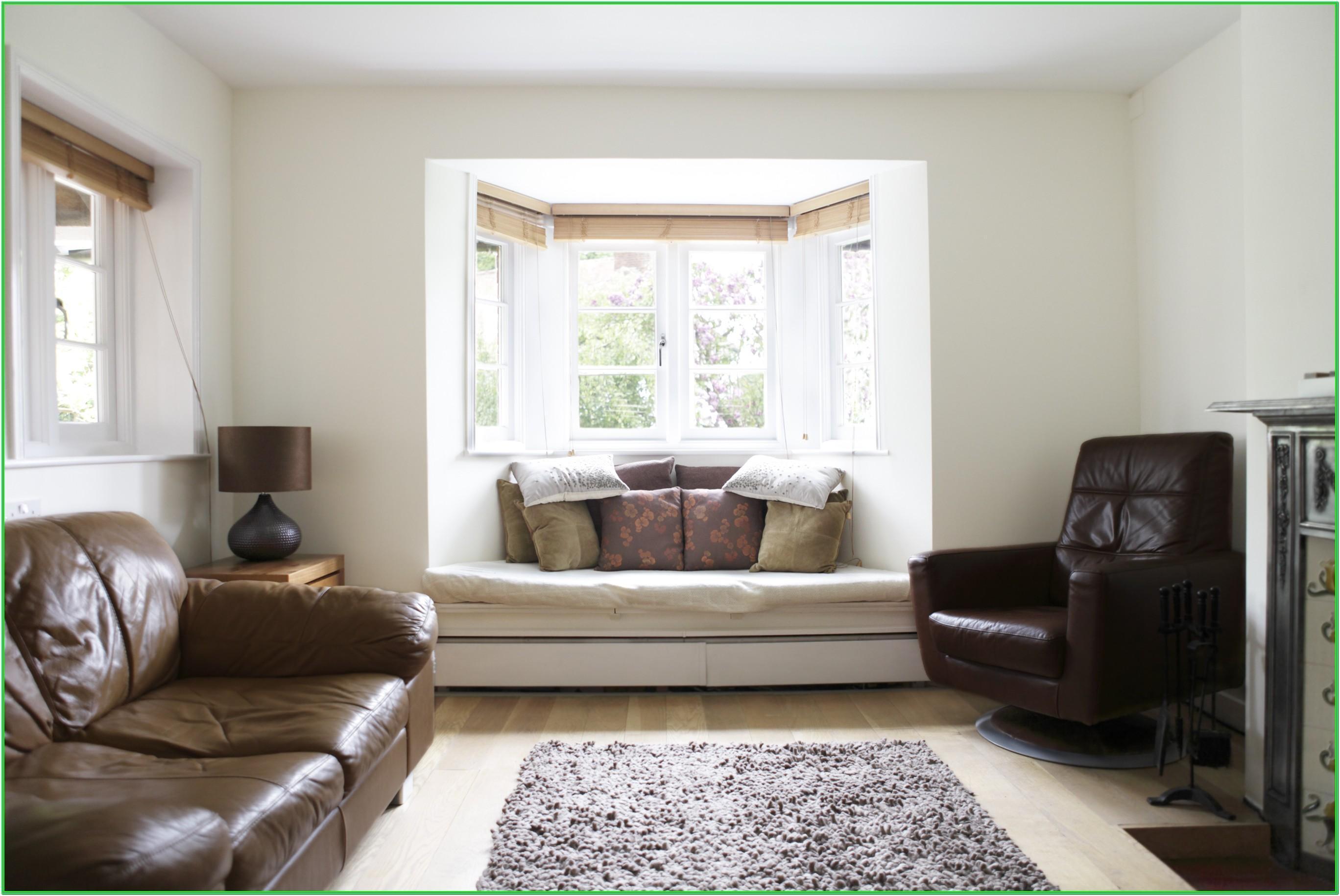 Living Room Bay Window Dressing Ideas