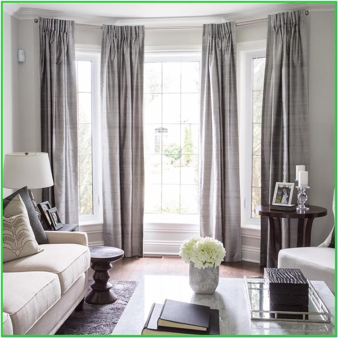 Living Room Bay Window Dressing