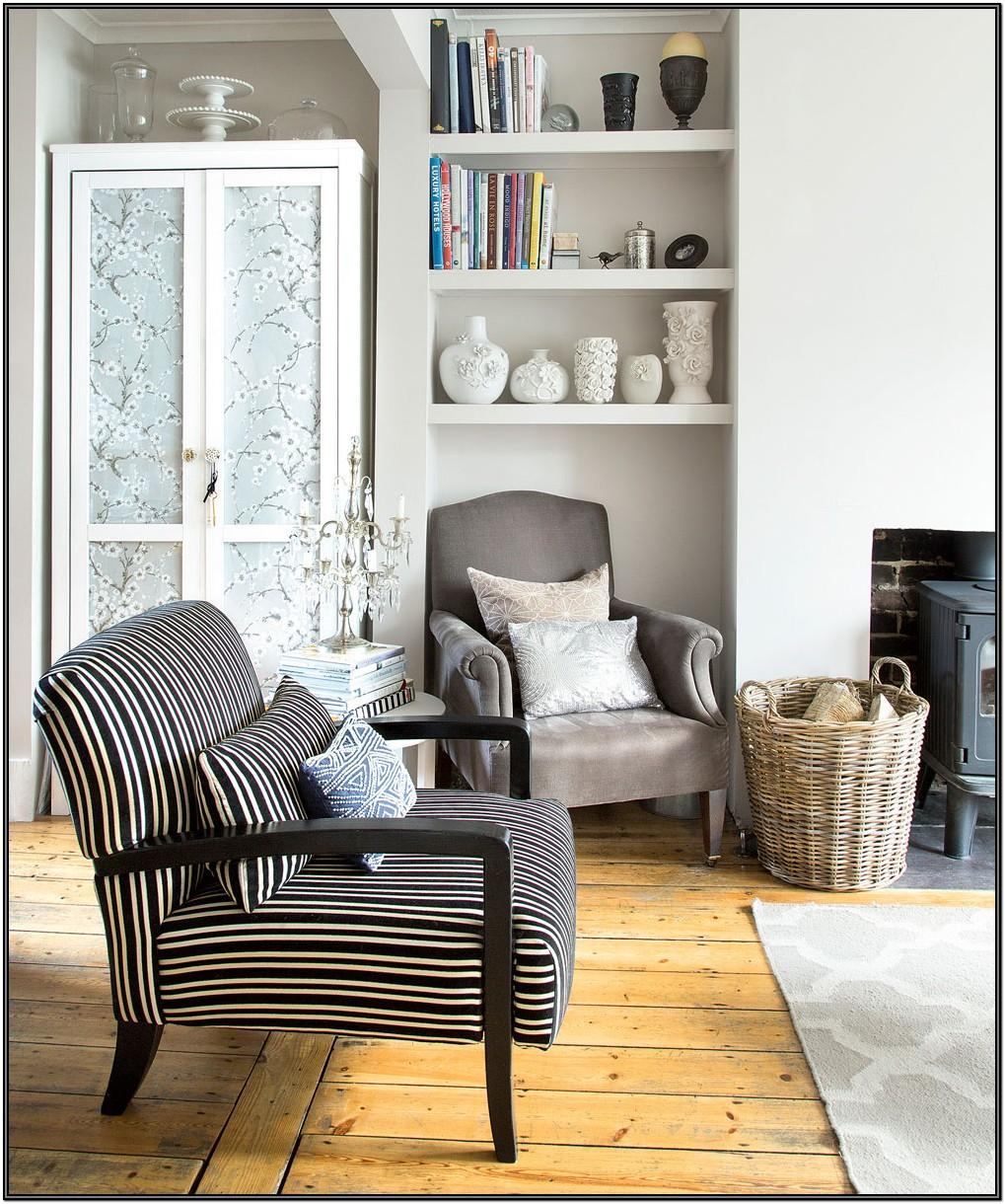 Living Room Furniture Ideas For Small Areas