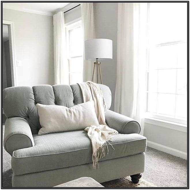 Living Room Furniture Ideas With Agreeable Walls