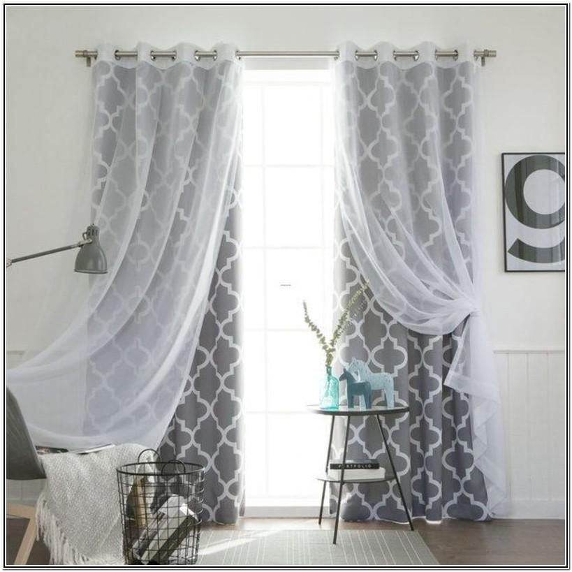 Living Room Mix And Match Curtain Ideas