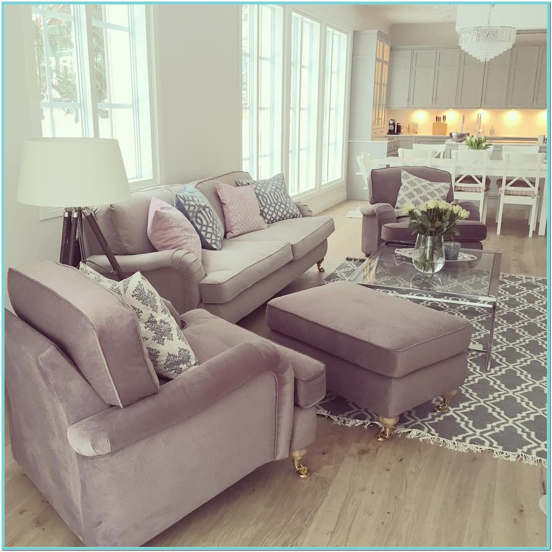 Long Narrow Living Room Decorating Ideas