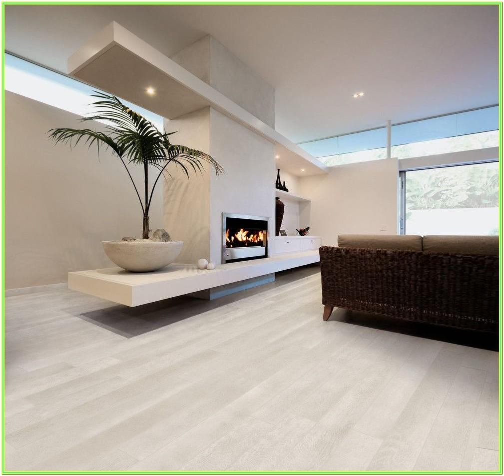 Modern Living Room Molding Ideas