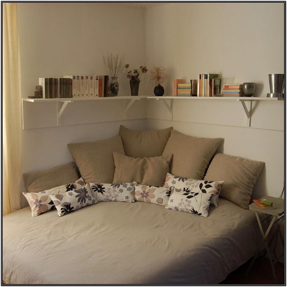 Small Futon Living Room Ideas