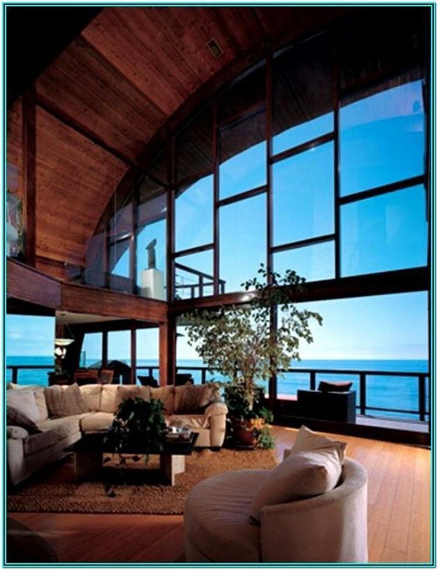 Living Room Ocean View Floor Idea