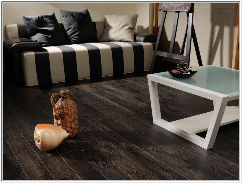 Living Room With Hardwood Floors Ideas