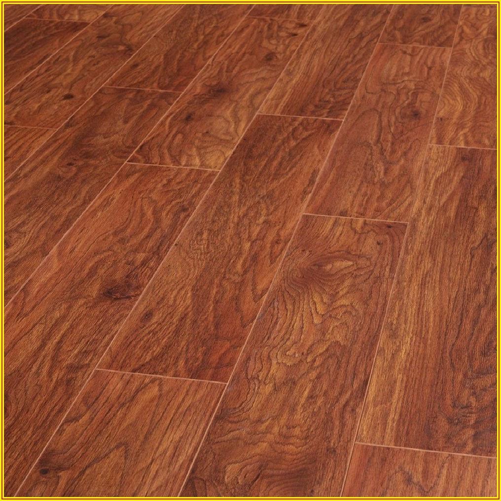 Heritage Oak Laminate Flooring
