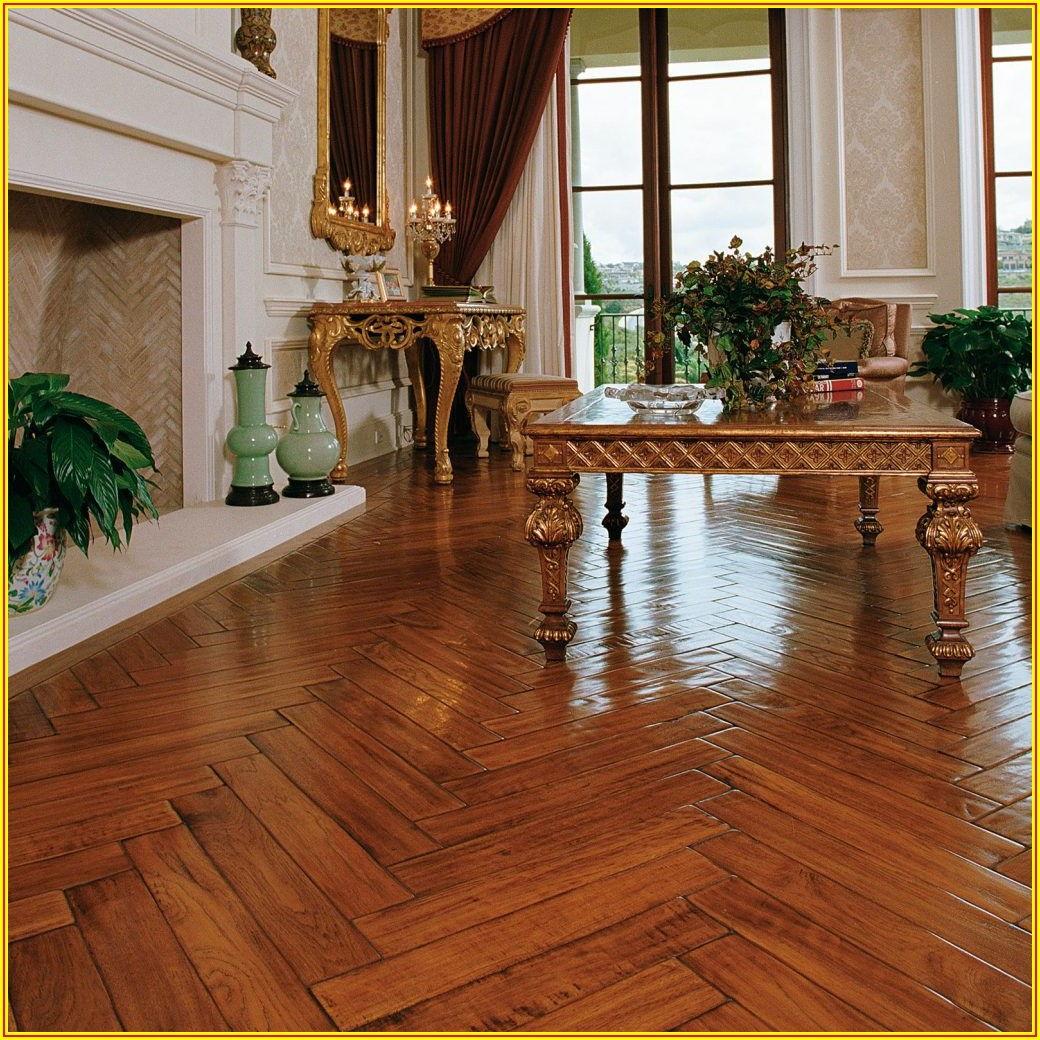 Hickory Pecan Hardwood Flooring