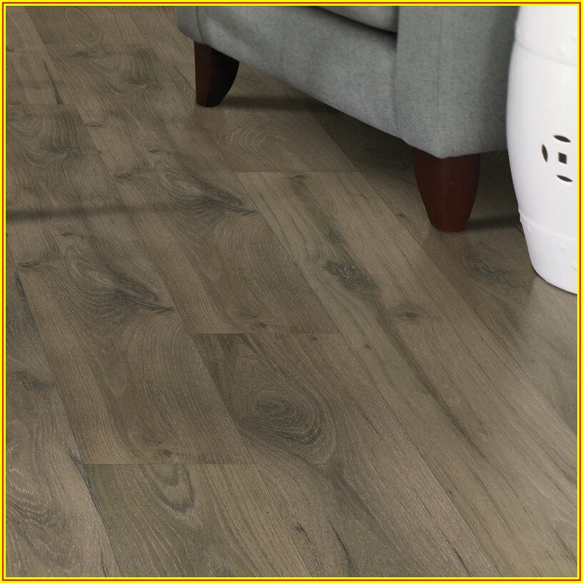 Hickory Shadow Oak Laminate Flooring