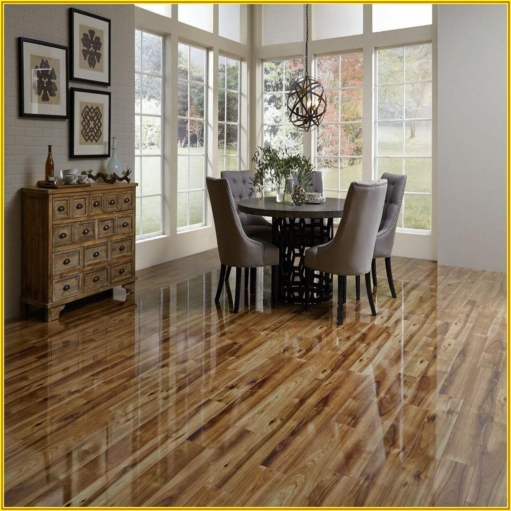 High Gloss Hickory Laminate Flooring