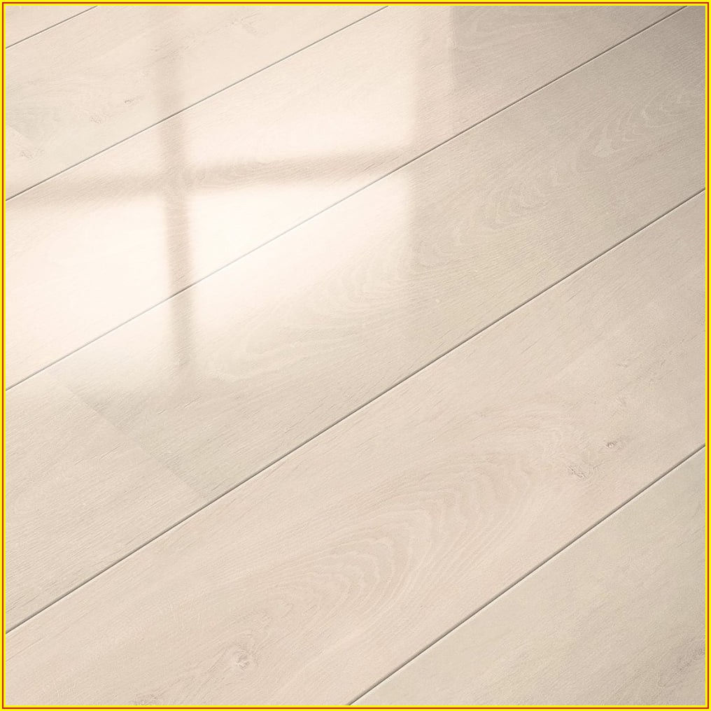 High Gloss White Oak Laminate Flooring