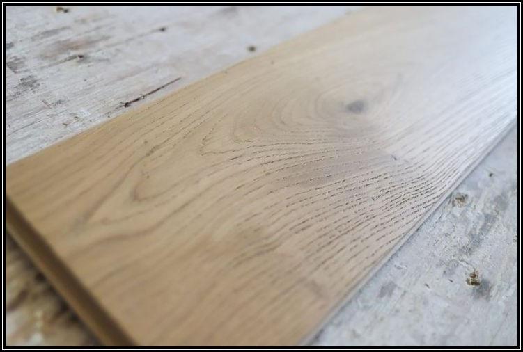 Installing Click Lock Hardwood Flooring
