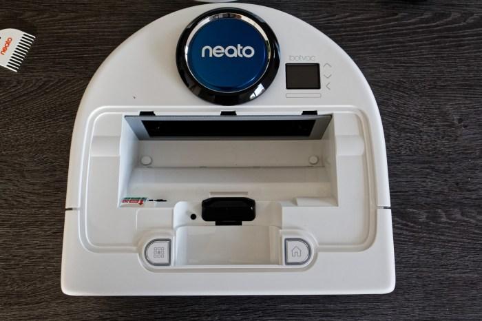 Neato BotVac D75 - 5