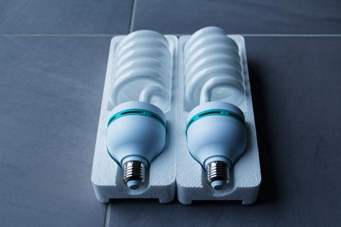 Les Ampoules