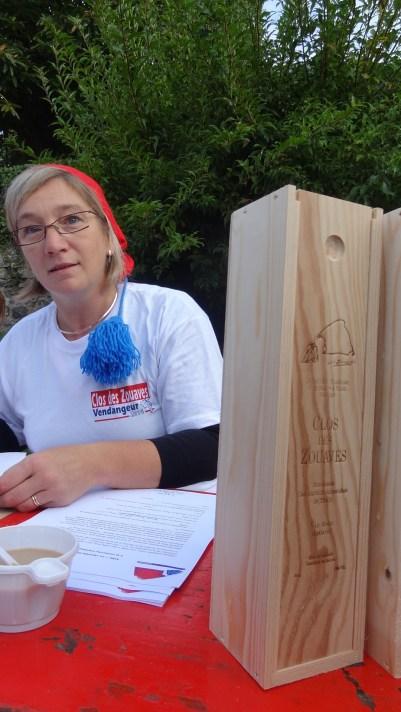La caisse est bien tenue par Anne