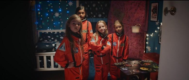 SPACE-GIRLS_1.jpg