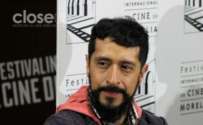 Antonio Salinas es el protagonista de El peluquero romántico (Foto: Itzuri Sánchez)