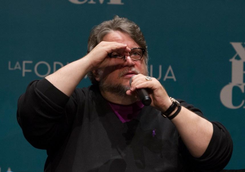 Fotos: Del Toro se entrega a Morelia