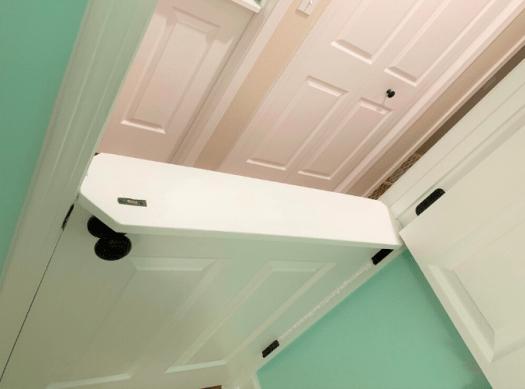 Dutch door shelf