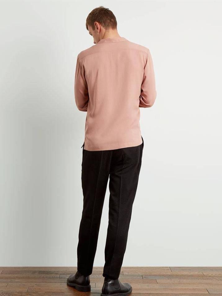 Dusk-Pink-Camp-Collar-2_d47c7ca4-4653-44ca-938f-99d15349d4a4