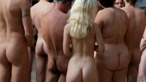 France embraces the nudist lifestyle with yoga, restaurants and art galleries (via The Telegraph)