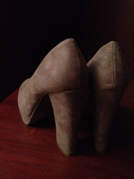 Candie's Caposh in Taupe faux suede