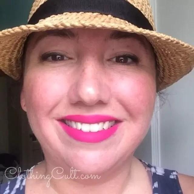 Swatch on lips - Stila look at me liquid lipstick in Bella