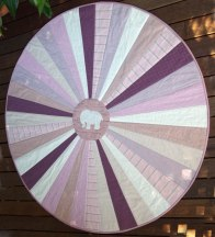 circuclar-pink-quilt-finished