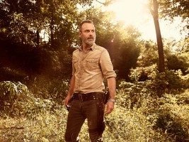 14531140.jpg-r_1920_1080-f_jpg-q_x-xxyxx The Walking Dead | Nona temporada ganha cartaz e fotos individuais; Confira