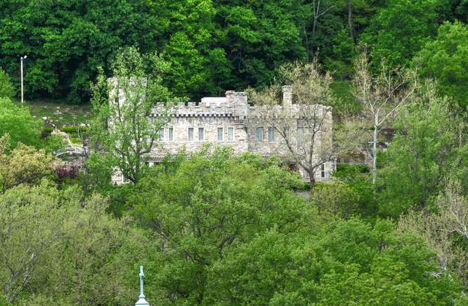 Castle of Berkeley Springs