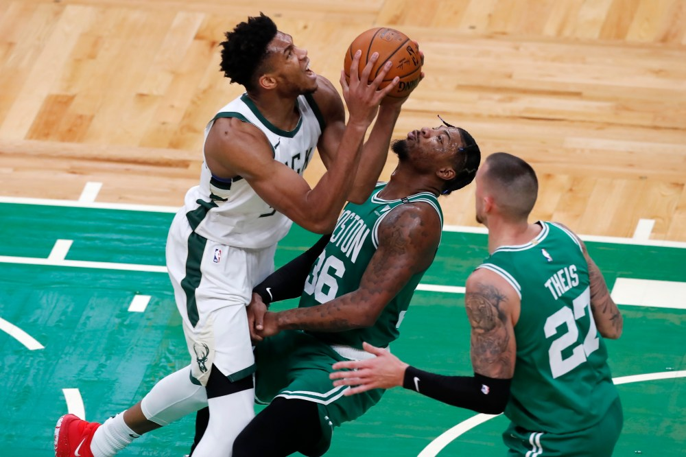 Tatum hits big 3 to help Celtics beat Giannis, Bucks 122-121