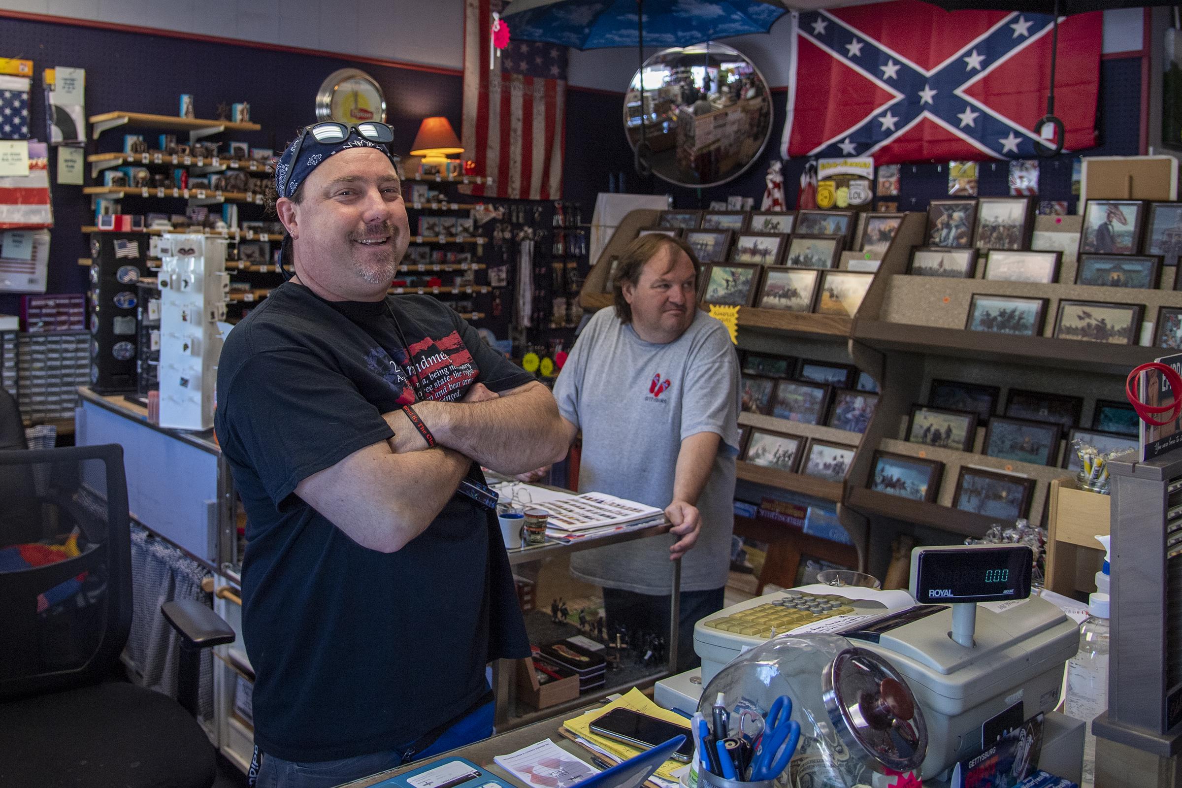 https www inquirer com news confederate flag monuments gettysburg civil war battlefield rebel south 20200626 html