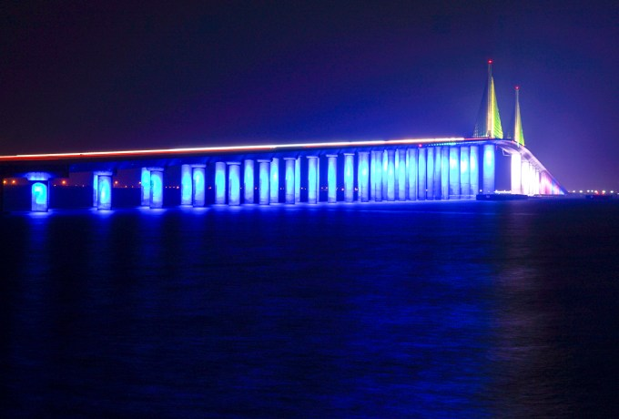 The Sunshine Skyway Wasn T Lit For Pride Could That Change