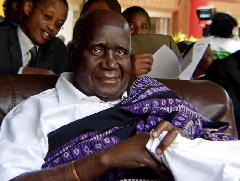 Zambia's former president Kenneth Kaunda attends the 40th anniversary of independence in Lusaka October 24, 2004, after the government publicly apologized for arresting and jailing him on trumped-up charges in 1997. Known as Northern Rhodesia under British rule, Zambia won independence from Britain following successful negotiations with freedom fighters led by Kenneth Kaunda, the founding president. REUTERS/Salim Henry  RSS/GB/File Photo