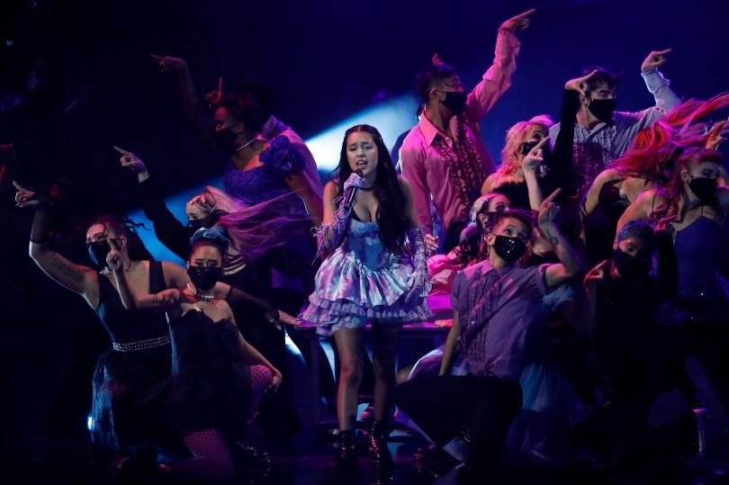 2021 MTV Video Music Awards - Show - Barclays Center, Brooklyn, New York, U.S., September 12, 2021 - Olivia Rodrigo performs. REUTERS/Mario Anzuoni