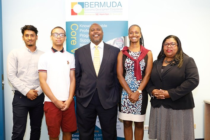 9378_WORKFORCE_DEV_MINISTER_PRESS_CON_BEDC_SUMMER_STUDENT_PROGRAM_0016_JS[1]