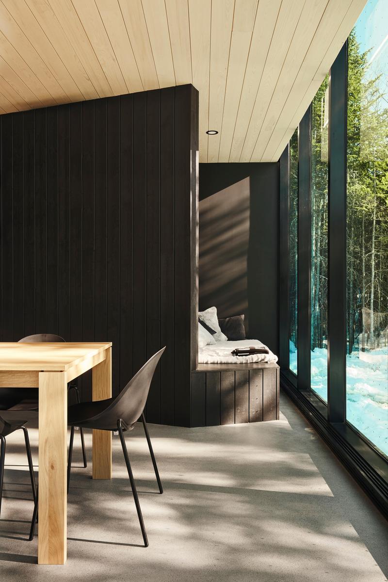 Dossier de prensa |  1527-13 - Comunicado de prensa |  Forest Glamp - Bourgeois / Lechasseur architects - Arquitectura residencial - Crédito de la foto: Maxime Brouillet