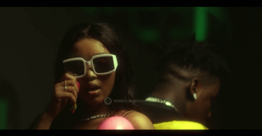 VIDEO: Officiall Nai Ft Baddest – Makubwa Mp4 Download